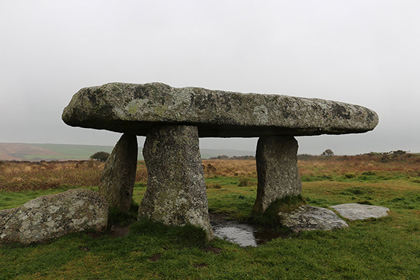 Holiburn Giant's table / Lanyon Quoit, Cornwall