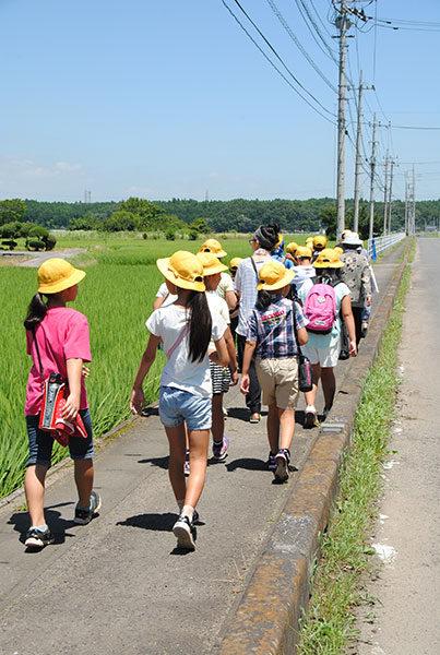2_walking to Nanatsudo Park